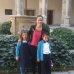 Con Mamen, nuestra teacher.